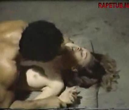 Охранник в тюрьме изнасиловал заключенную