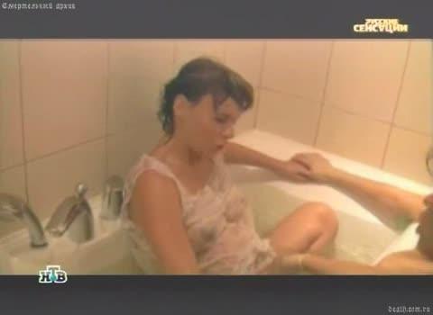 Александра Зверева - о там как рожать в воде.