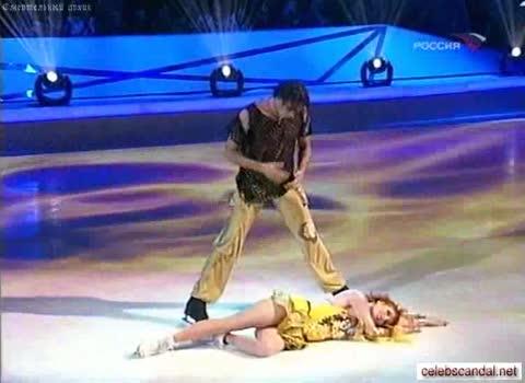 У Амалии Мордвиной выпала грудь -