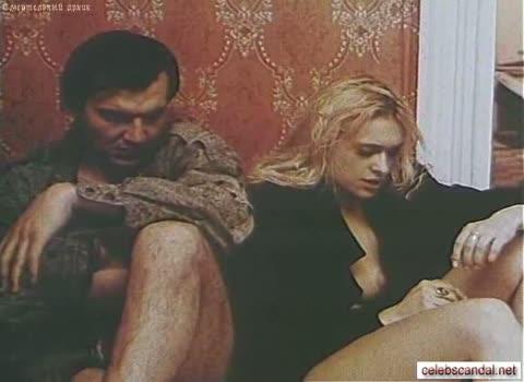 Екатерина Кмит оголяет грудь фильм