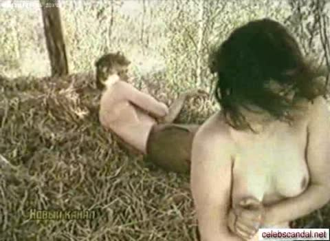 Секс на сеновале с Еленой Дурневой.