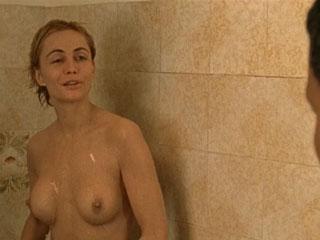 голая Эммануэль Беар (Emmanuelle Beart nude)