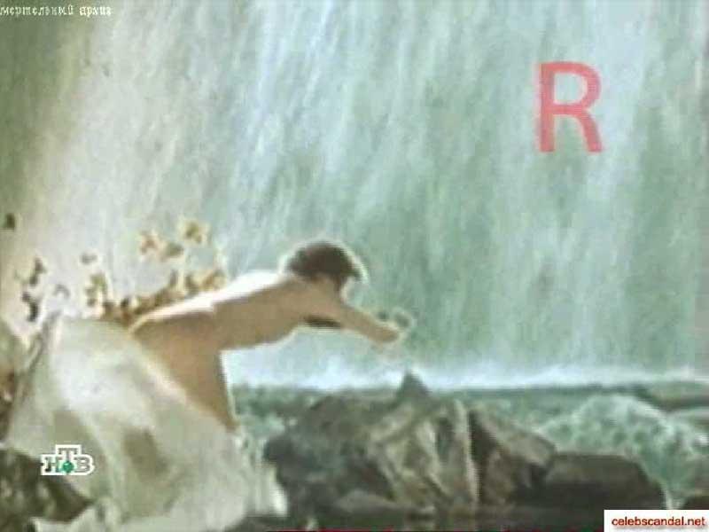 Шокирующее видео голая Любовь Орлова
