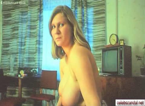 Голая Марина Манухина с большой грудью.