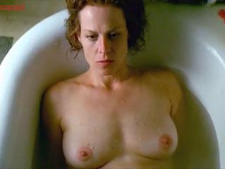 Сигурни Уивер Голая - Sigourney Weave Nude - 1999