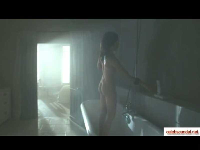Анастасия Заворотнюк показала свое тело